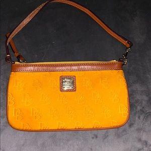 Dooney & Bourke zipper wristlet purse
